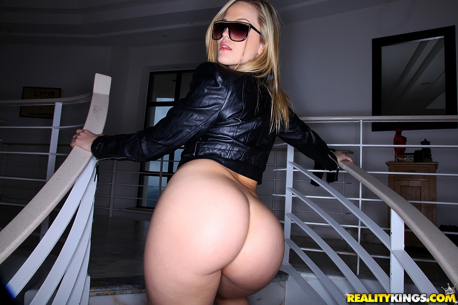 alexis texas and jada stevens on reality kings 006 137