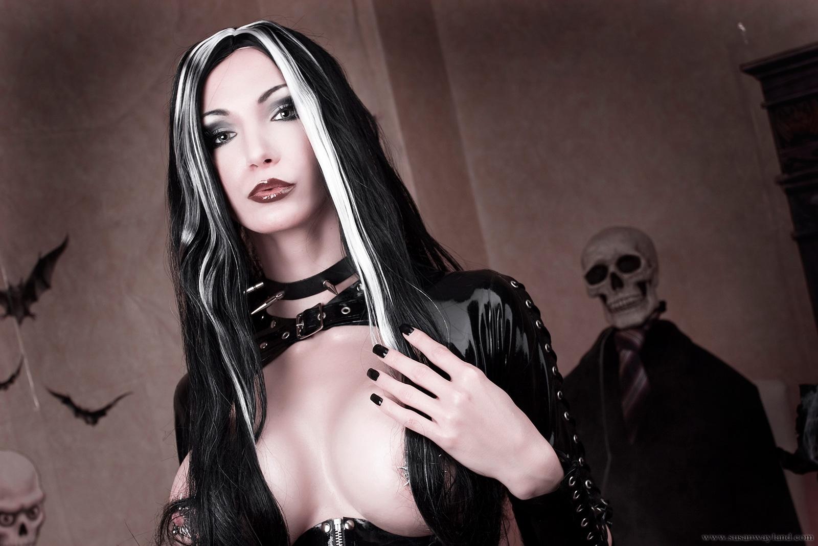 Porn costume ass vampire sexy scene